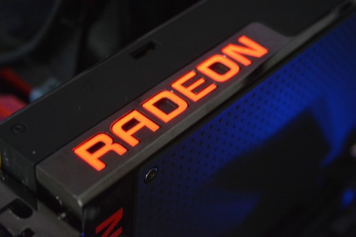AMD Radeon R9 Fury X in der Redaktion eingetroffen, Benchmarks Fury X vs Geforce 980 Ti