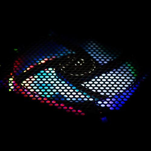 NZXT HUE+: LED-Streifen für eine steuerbare PC-Beleuchtung
