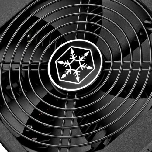 Bild: SilverStone Strider: Neue vollmodulare Platinum-Netzteil