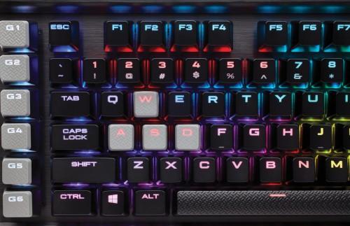 Corsair K95 RGB Platinum: Neue Gaming-Tastatur mit MX-Switches von Cherry