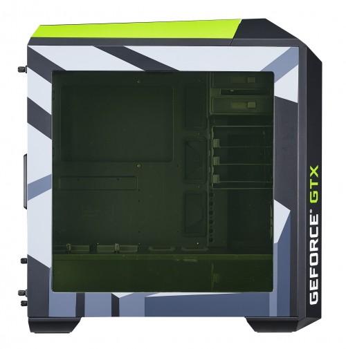 """Bild: Nvidia """"Fanboy"""" Edition des Cooler Master Master Case 5 Pro"""