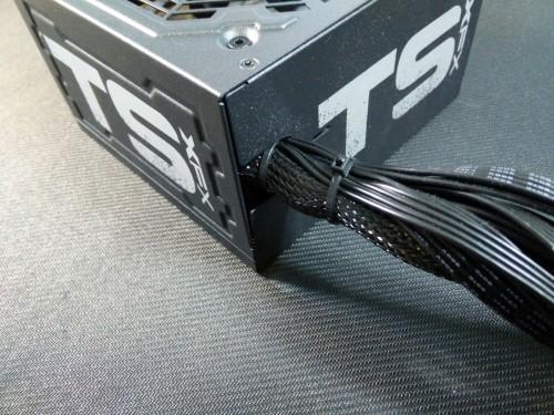 XFX-TS550-4.jpg
