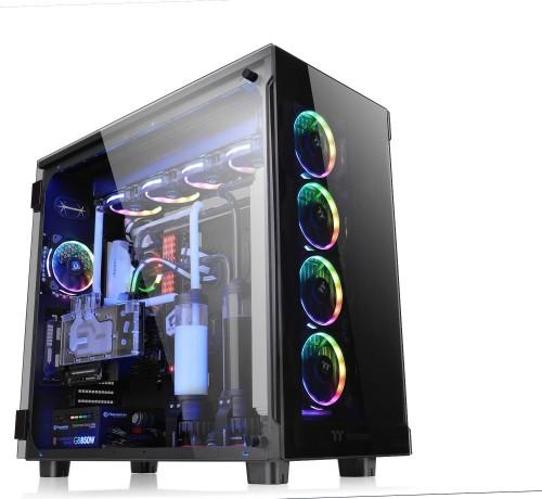 Bild: Thermaltake zeigt Glas-Gehäuse mit Coolness-Faktor