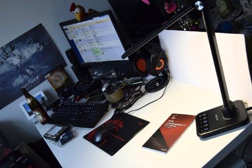 Schreibtisch_02.jpg