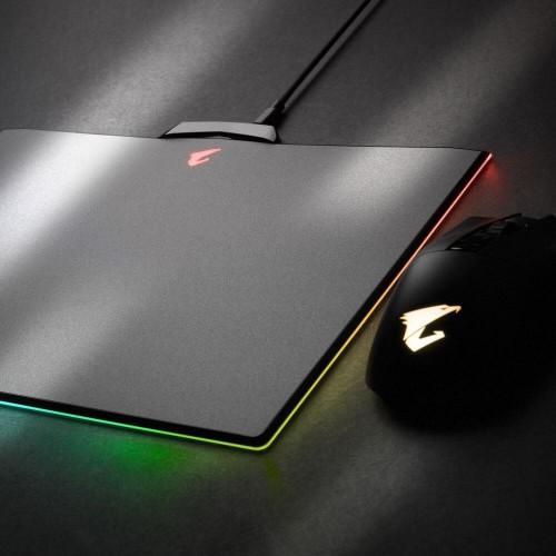 Bild: Gigabyte Aorus P7 RGB: Gaming-Mauspad mit Beleuchtung