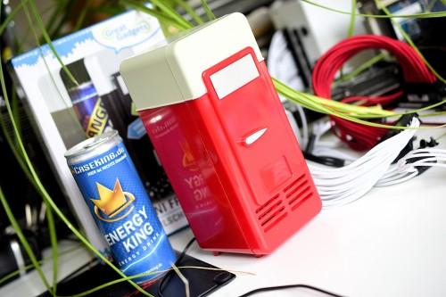 Mini Kühlschrank Für Gamer : Videotest was taugt ein usb kühlschrank
