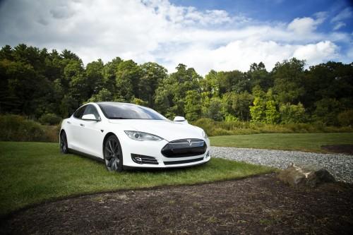 Elon Musk will Tesla wieder von der öffentlichen Börse nehmen