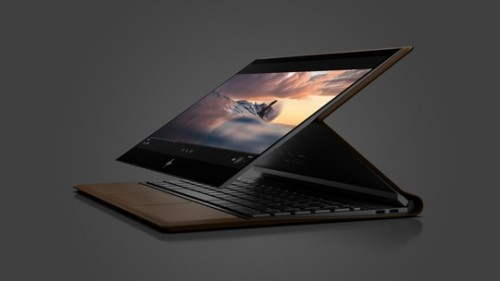 HP-Spectre-Folio---Media-Position-in-motion.jpg