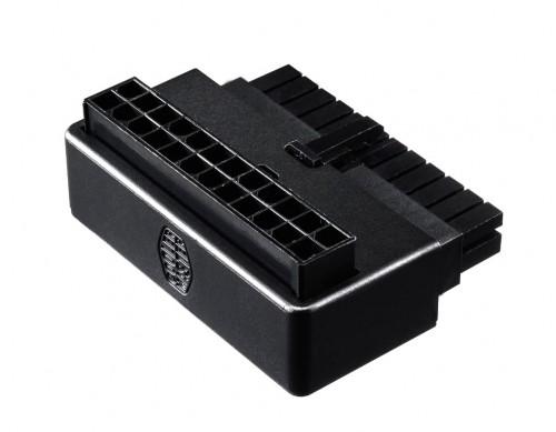 Cooler Master präsentiert 90�-24-Pin-ATX-Adapter