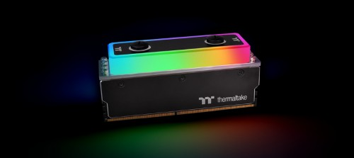 Wakü-DDR4-RAM von Thermaltake: WaterRam RGB Liquid Cooling