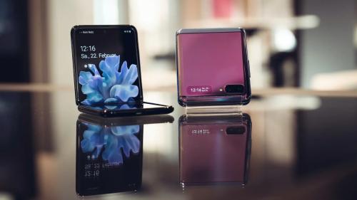 Samsung Galaxy Z Flip: Falttechnik nach Motorola-Razr-Vorbild
