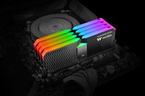 Thermaltake-TOUGHRAM-XG-RGB-DDR4-Memory-Kit-16GB-8GB-x-2_Application.jpg