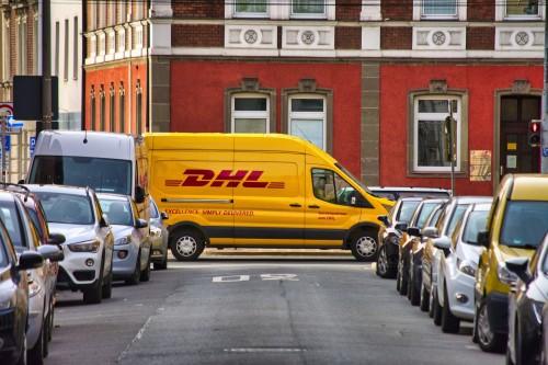 Post und DHL überarbeiten Abholsystem in Filialen