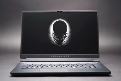 Alienware_m15_R5.jpg