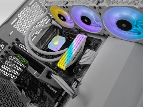 Corsair präsentiert Vengeance RGB RS und RT DDR4-Arbeitsspeicher
